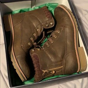 Authentic Tommy Hilfiger combat boot